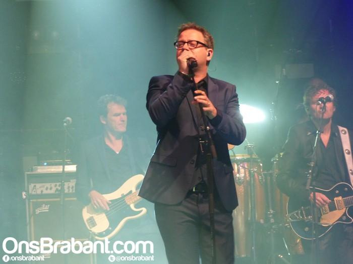 Nieuws: Paaspop Den Hout groot succes met optreden van Guus Meeuwis (met foto's)