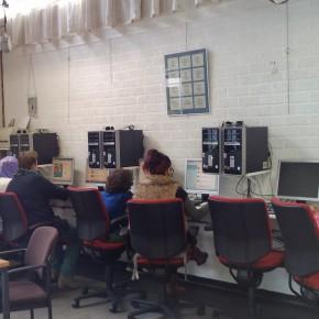 Nieuws: Oosterheide krijgt internetcafé in wijkcentrum de Bunthoef