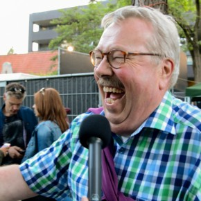 VIDEO: Gerard Oomen geniet volop van het Parkfeest