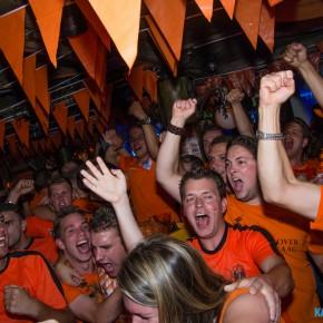 FOTO'S: Enthousiasme na winst oranje