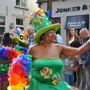 [FOTO'S] Kaais Zomercarnaval ook dit jaar weer groot succes