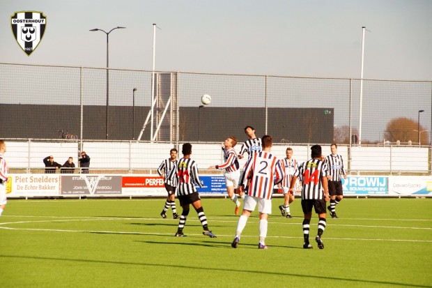 VV Oosterhout zo1 - Uno Animo 2-2 05 22032015