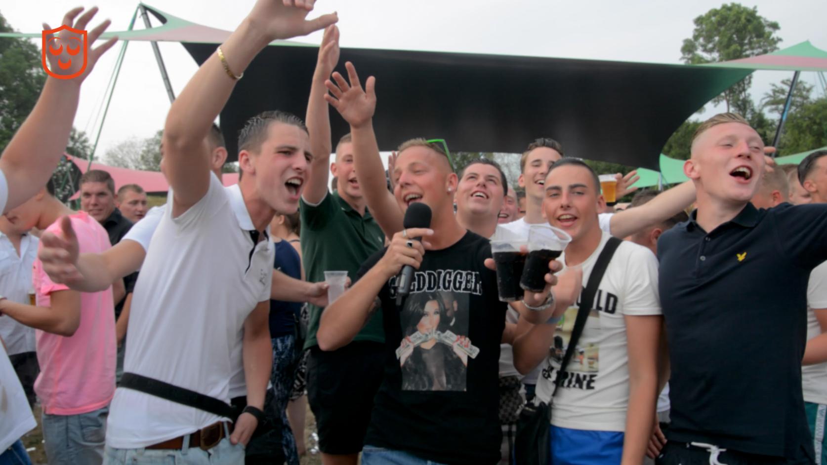 [VIDEO] Oosterhout Live #1: Gezellig meezingen!