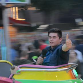 [VIDEO] Jong publiek op Oosterhoutse kermis!