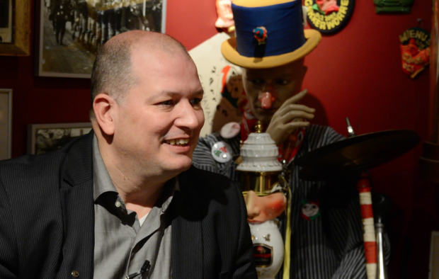 [VIDEO] Interview Prins Mienus XII
