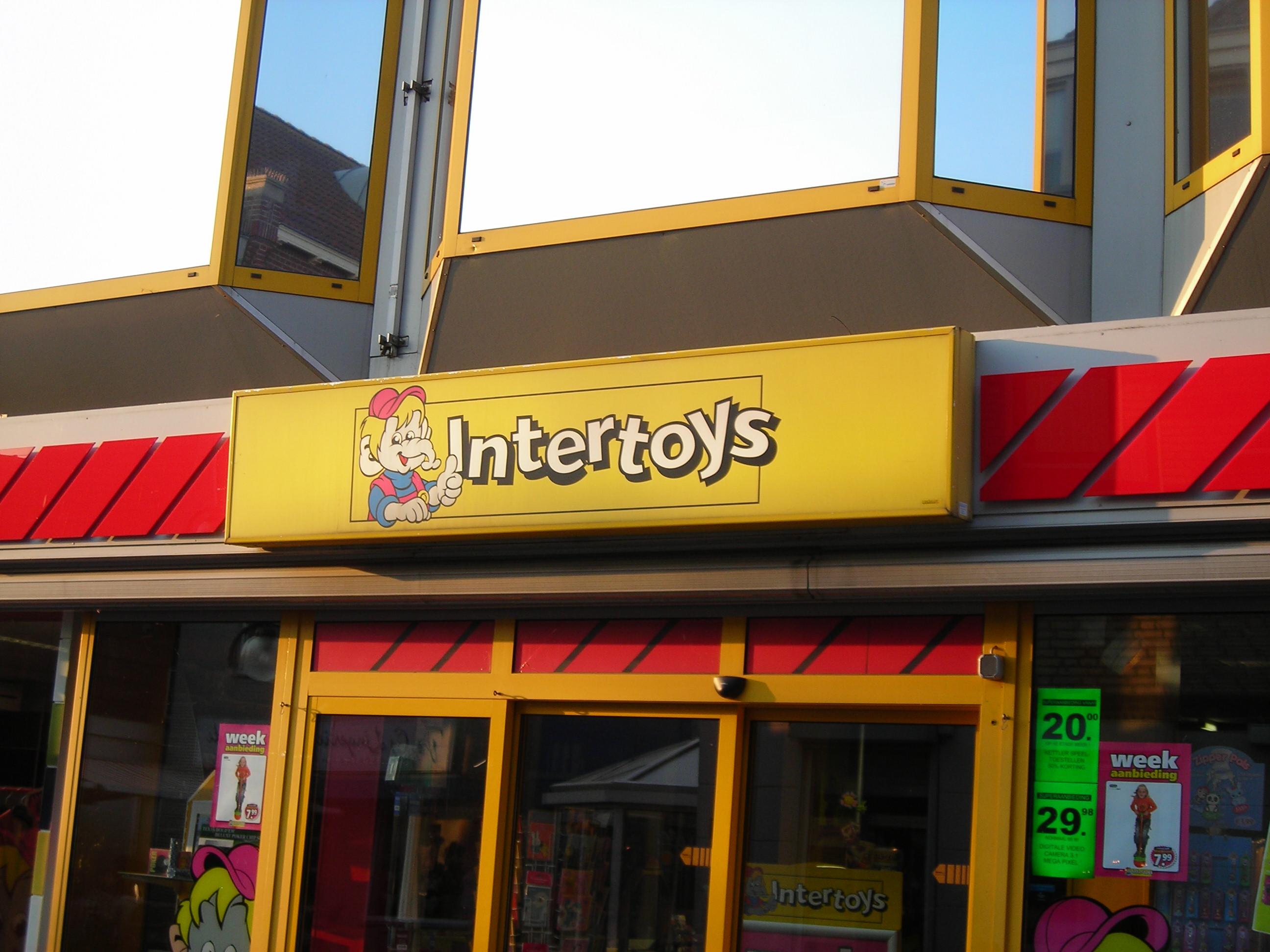 [BINNENSTAD] Bart Smit winkels worden Intertoys