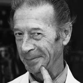In memoriam: Oosterhouts bekendste ijscoman Pau van Haaren krijgt laatste eer